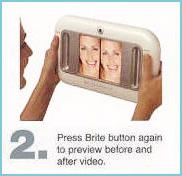 2.右のボタンを押すとホワイトニング後の色が映し出されます。